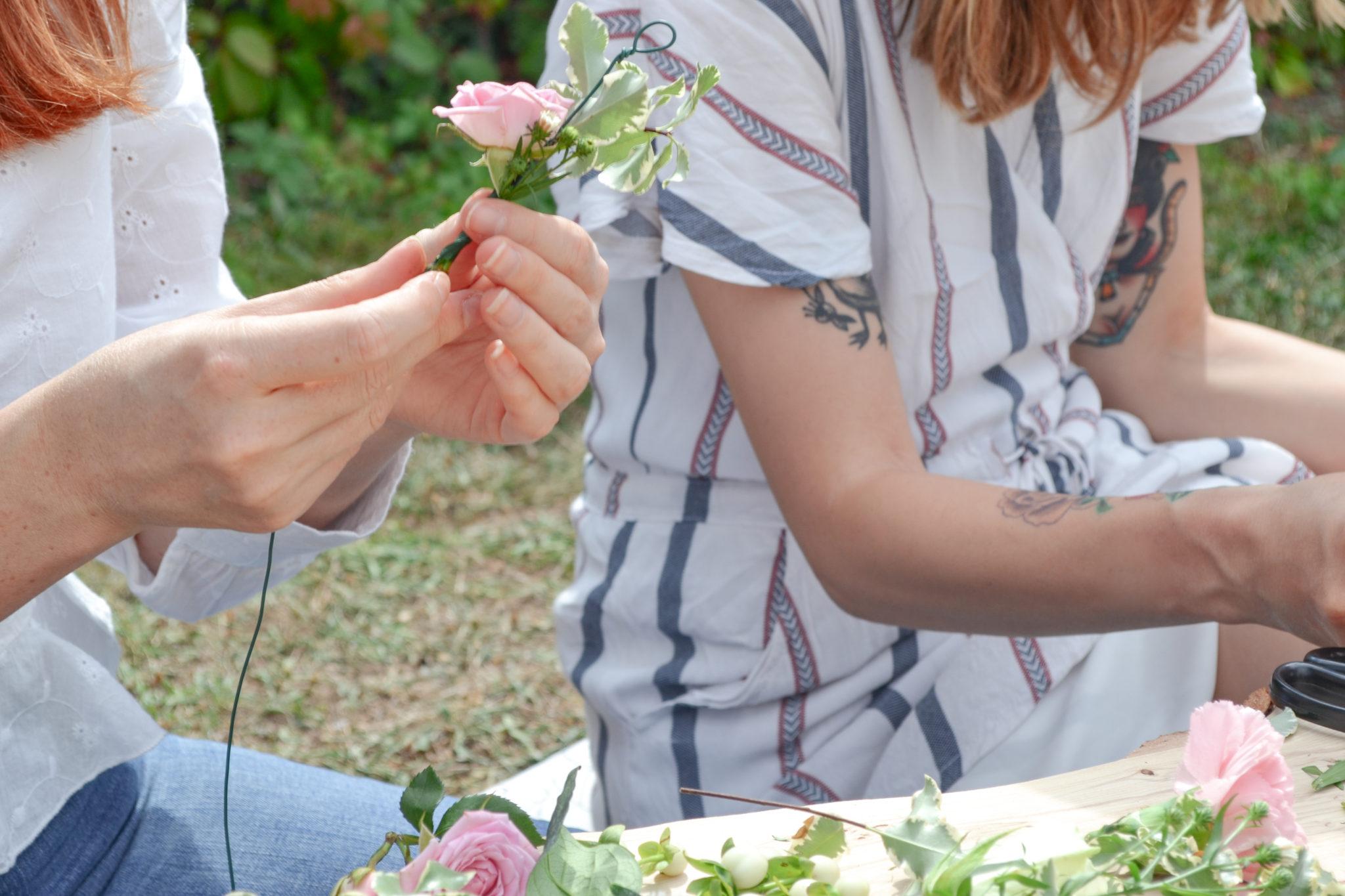 Atelier-couronnes-de-fleurs-la-petite-planete-de-zoey-23