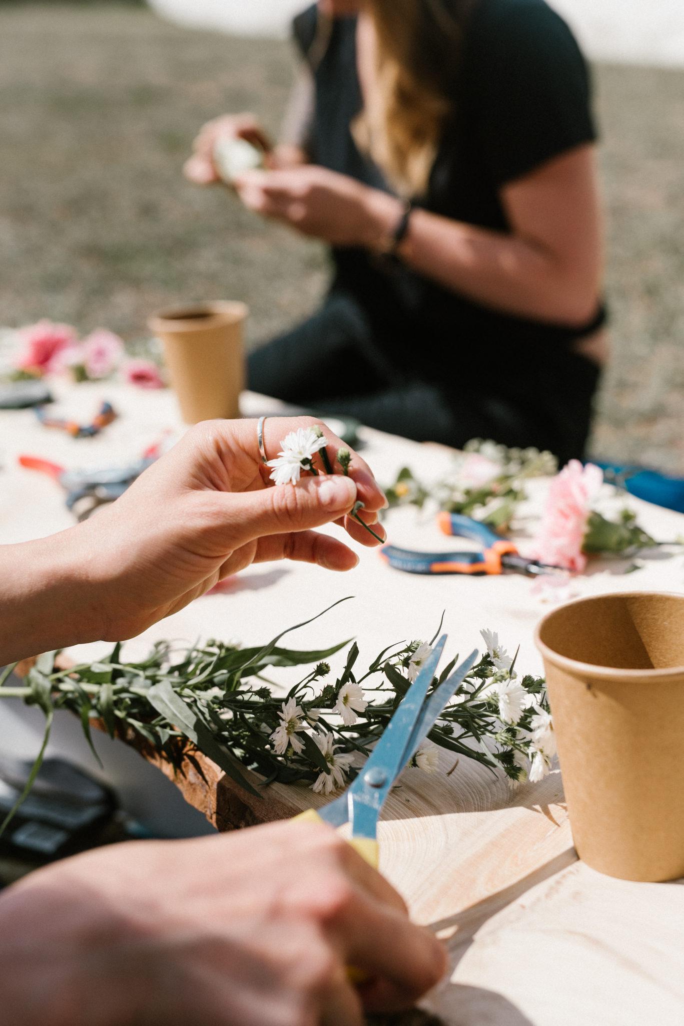 la-petite-planete-de-zoey-atelier-couronnes-de-fleurs-by-Justine-Briatte-20