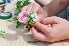 Atelier-couronnes-de-fleurs-la-petite-planete-de-zoey-14