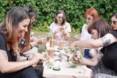 Atelier-couronnes-de-fleurs-la-petite-planete-de-zoey-EVJF-32